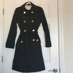 53f410cc6558 kate spade Jackets   Coats - Kate Spade New York double- breasted trench  coat.
